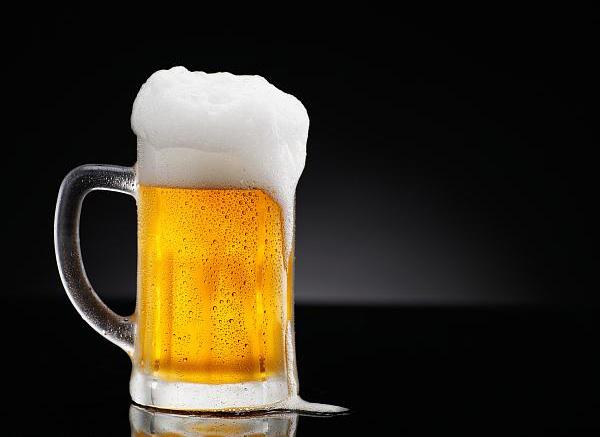 青島啤酒:產品消費場景打造協同推進 掘金高端市場仍需加快速度